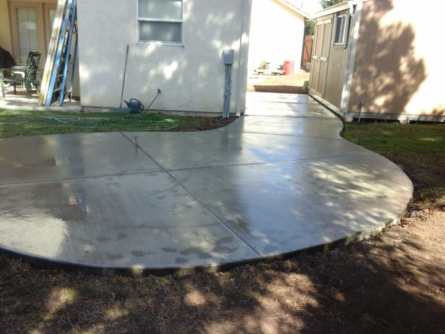 Tovar Landscape Co. - Concrete Hardscape Walkway