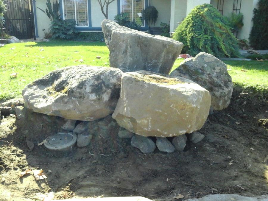Tovar Landscape Co. - Landscape with decorative boulders